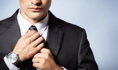 هذا ما تفعله ربطة العنق بجسم الإنسان