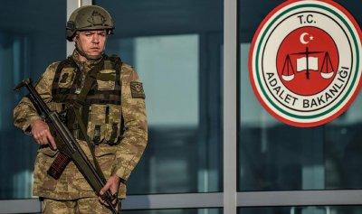 15213 عسكرياً تركياً مفصولاً من وزارة الدفاع