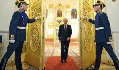 هل تؤثر عزوبية بوتين على أداء مهامه؟