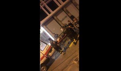 إلقاء قنابل مسيلة للدموع في ساحة الشهداء