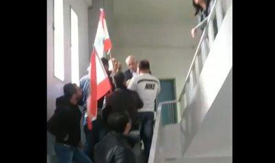 """بالفيديو: معتصمو زحلة من مبنى """"اوجيرو"""": ثورة ثورة"""