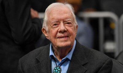 إدخال الرئيس الاميركي السابق كارتر الى المستشفى