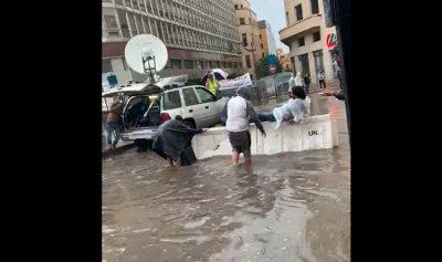 """بالفيديو: """"شختورة"""" تنقل الثوار في بيروت"""