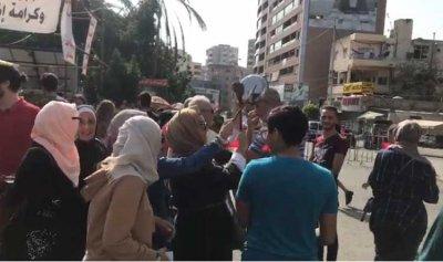 بالصورة: مسيرة صامتة في الشوف وفاء لعلاء ابو فخر
