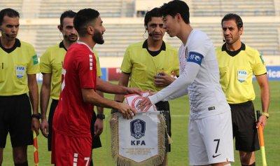 منتخب لبنان لكرة القدم يحقق مفاجأة