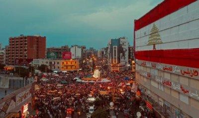 مسيرات سيارة وقطع طرقات في طرابلس