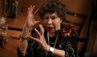 وفاة أكبر الممثلات سناً في العالم