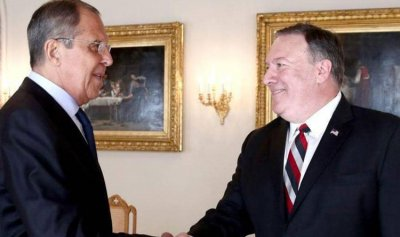 لافروف يلتقي بومبيو في واشنطن