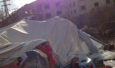 تحقيق لتحديد سبب تحطم خيمة سوق الخان