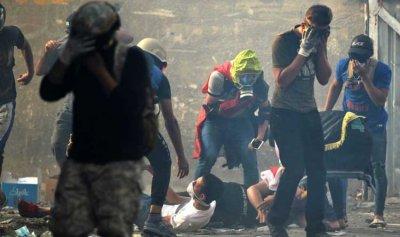 بالفيديو: رصاص الفصائل يحصد أرواح متظاهرين وسط بغداد