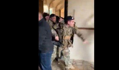 بالفيديو: شرطة مجلس النواب تعتدي على الثوار