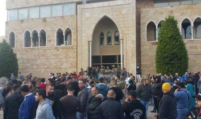 15 جريحاً في تظاهرات الميناء طرابلس