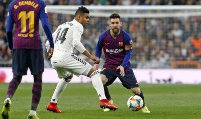 عين برشلونة على الصدارة قبل لقاء ريال مدريد