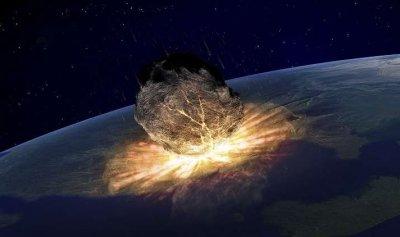 نيزك بـ 10 أضعاف قوة هيروشيما ينفجر فوق الأرض