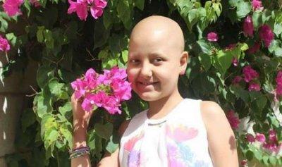 """بالفيديو: بعد """"حرب"""" مع السرطان… رحلت الطفلة آلاء"""