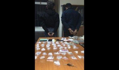 مروّجا مخدرات في قبضة الأمن