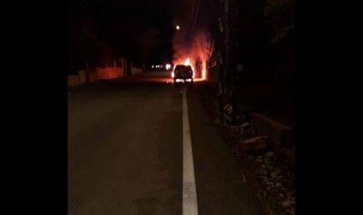 بالصور: حريق سيارة في علما الشعب