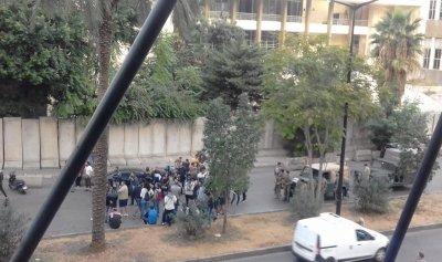 قطع طريق العدلية في بيروت