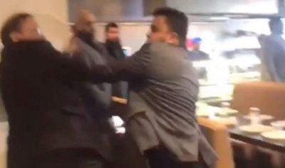 بالفيديو: مطعم تحوّل إلى ساحة عراك بالسكاكين