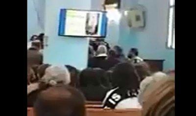 بالفيديو: إشكال بين مواطن ومونسنيور خلال القداس في زغرتا