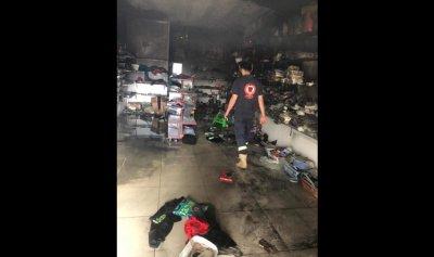 حريق في محل للالبسة في ضهور الصرفند
