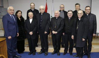 رئيس معهد يوحنا بولس الثاني الحبري اللاهوتي في روما حاضَرَ في الحكمة
