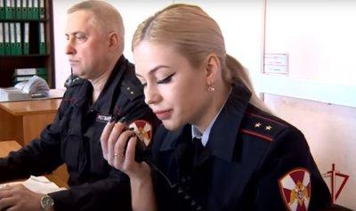 """بالفيديو: ملكة على """"الحرس الوطني الروسي"""""""