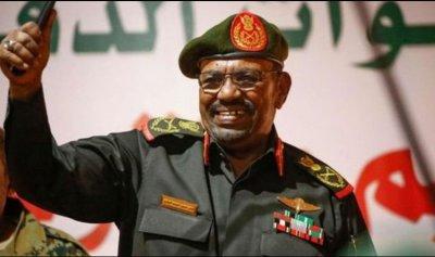 اعتقال البشير وفترة انتقالية عسكرية في السودان