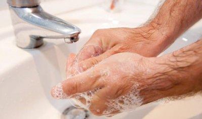 قيادي سابق يغسل يديه من ماضيه