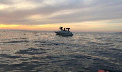انقاذ 7 اشخاص احتجزوا على متن زورق في العقيبة