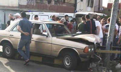 جريحان باصطدام سيارة بعمود انارة في بخعون الضنية