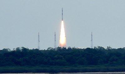 الهند تخطط لإطلاق سبع بعثات فضائية