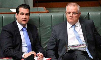 مايكل سكر وزيراً في أستراليا