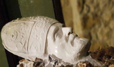 بالفيديو: البطرك ل ما بيموت…