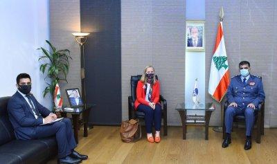 عثمان عرض الاوضاع العامة مع السفيرة الكندية