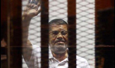 وفاة الرئيس السابق محمد مرسي في السجن