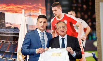 ريال مدريد يقدم لاعبه الجديد لوكا يوفتش