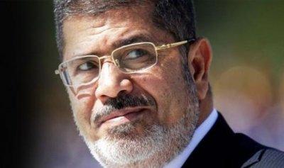 بعد وفاة مرسي… المحاكمة مستمرة