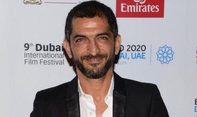 فنان مصري مشهور على قائمة الإنتربول