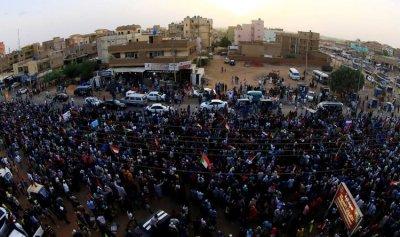 الوثيقة الدستورية تناقش اليوم في السودان