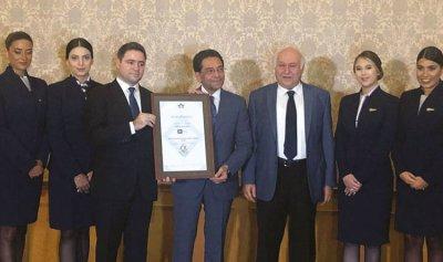 """شركة """"أجنحة لبنان"""" تتسلّم شهادة IOSA العالمية"""