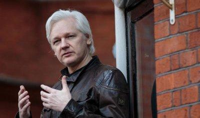 بريطانيا ترفض تسليم أسانج لحكم الإعدام