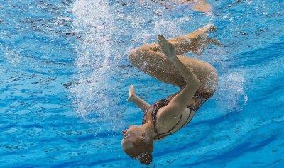 ميداليتها الـ 20 في بطولة العالم للسباحة تدخلها التاريخ