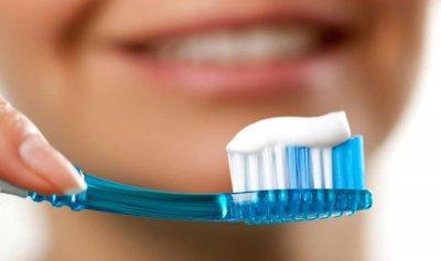 احذر من فرشاة أسنانك