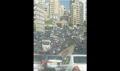 """بالصورة: المواطنون """"محتجزون"""" في بيروت"""