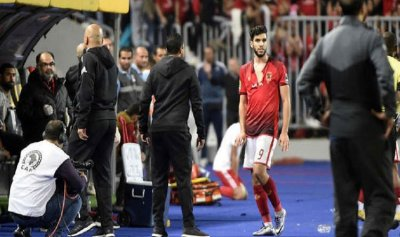 الأهلي المصري يتخلى عن مهاجمه المغربي أزارو