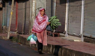 الهند تفرض قيود على التنقل في أكبر مدن كشمير