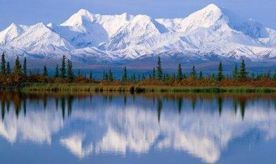بالفيديو: إنهيار جبل جليدي في آلاسكا
