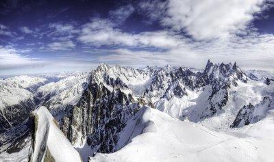 اكتشاف خطير في ثلوج جبال الألب