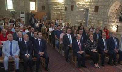 عون واللبنانية الاولى يشاركان في قداس بيت الدين
